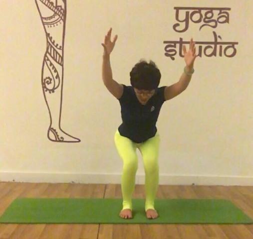 Các bài tập yoga cho người loãng xương