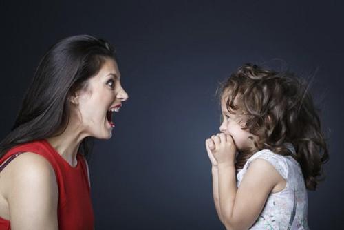 Cách cha mẹ thông minh ứng phó với những đứa con bướng bỉnh