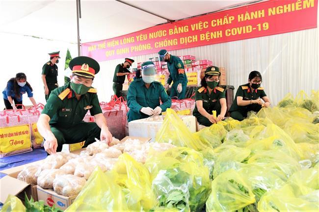 Bộ Tư lệnh Thủ đô Hà Nội: Vì nhân dân phục vụ